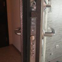 Вскрытие дверного замка